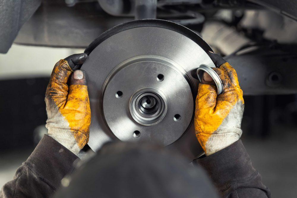 turning rotors 1000x667 - Should I Buy New Rotors or Should I Just Turn Them?